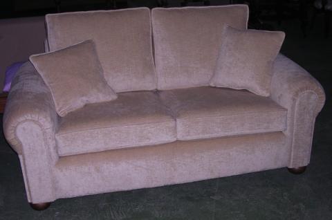 Sofá de terciopelo